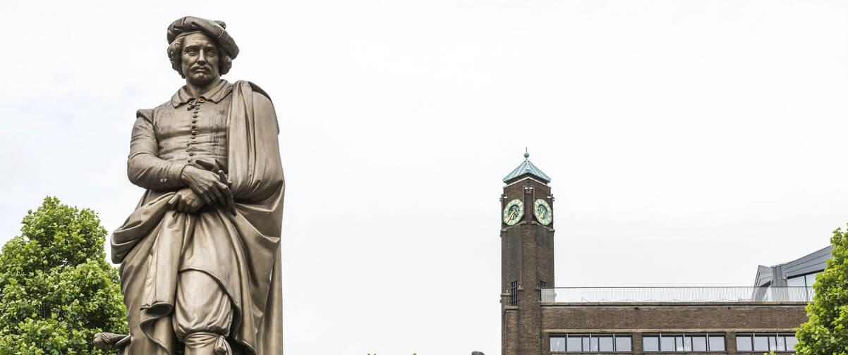 Guía Amsterdam, Escultura Rembrandt