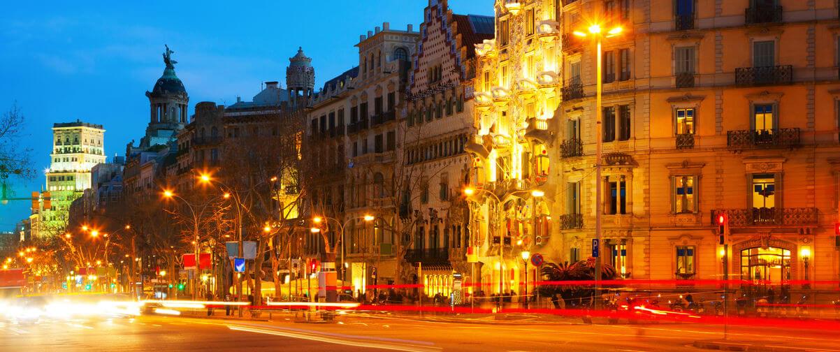 Guía Barcelona, Barcelona de noche