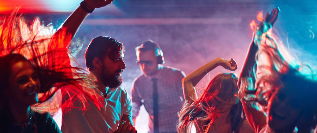 Bailando discoteca