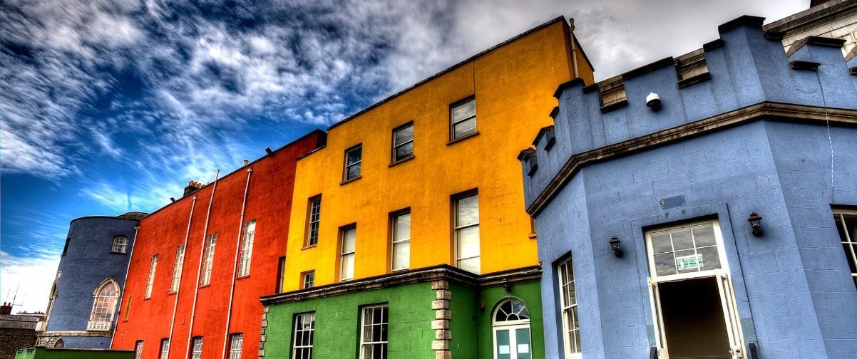 Guía Dublín, Casas colores