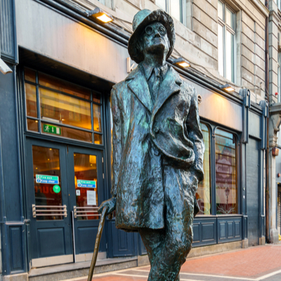 Guía Dublín, Estatua James Joyce