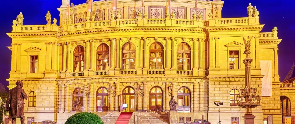 Guía Praga, Opera Praga
