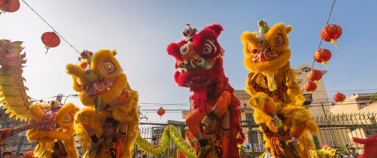 Guía Hong Kong, Danza del dragón y el león