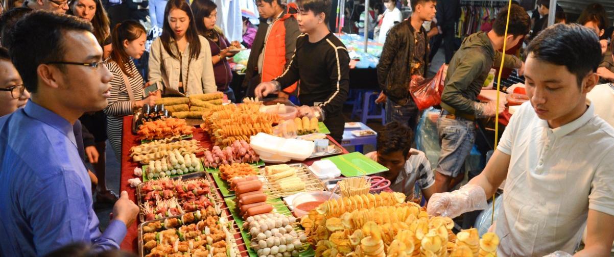 Guía Hanoi, Mercado nocturno