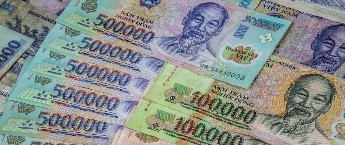 Guía Hanoi, Moneda Vietnam