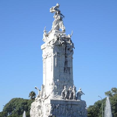 Guía Buenos Aires, Monumento a los españoles