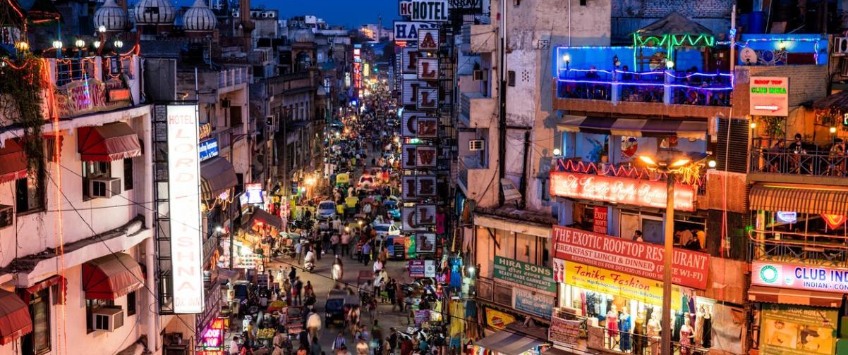 Guía Nueva Delhi, Noche en Nueva Delhi