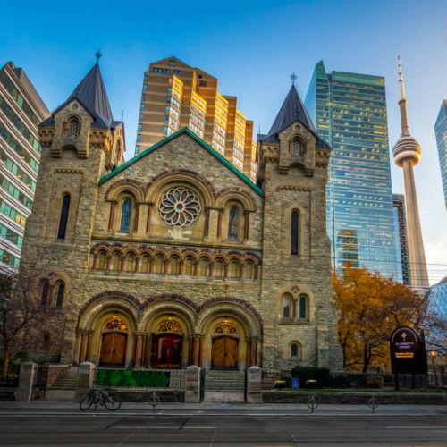 Guía Toronto, Saint Andrew Church