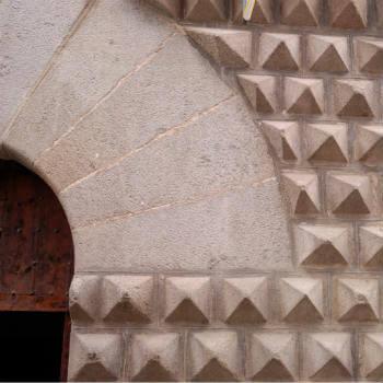 Guía Segovia, Casa de los Picos