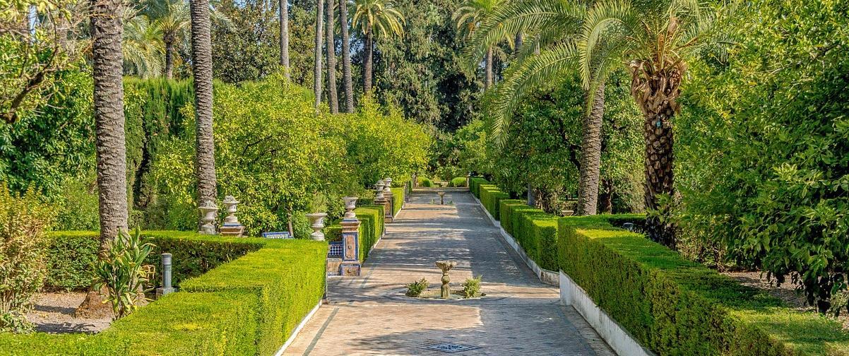 Guía Sevilla, Pasarela jardines en verano