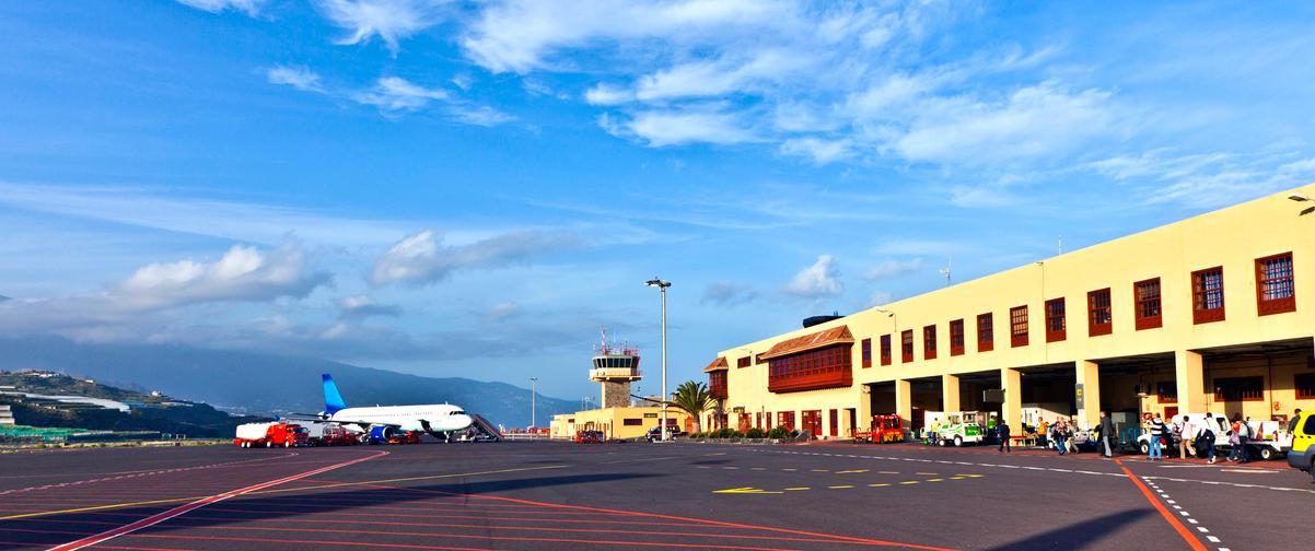 Guía Gran Canaria, Aeropuerto