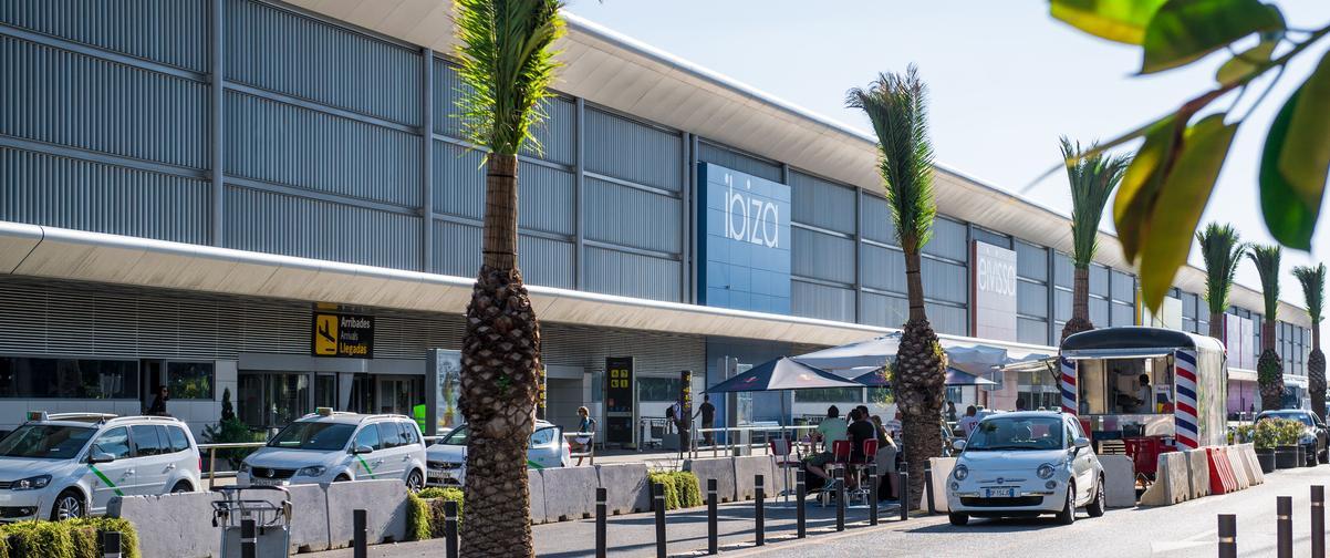 Guía Ibiza, Aeropuerto