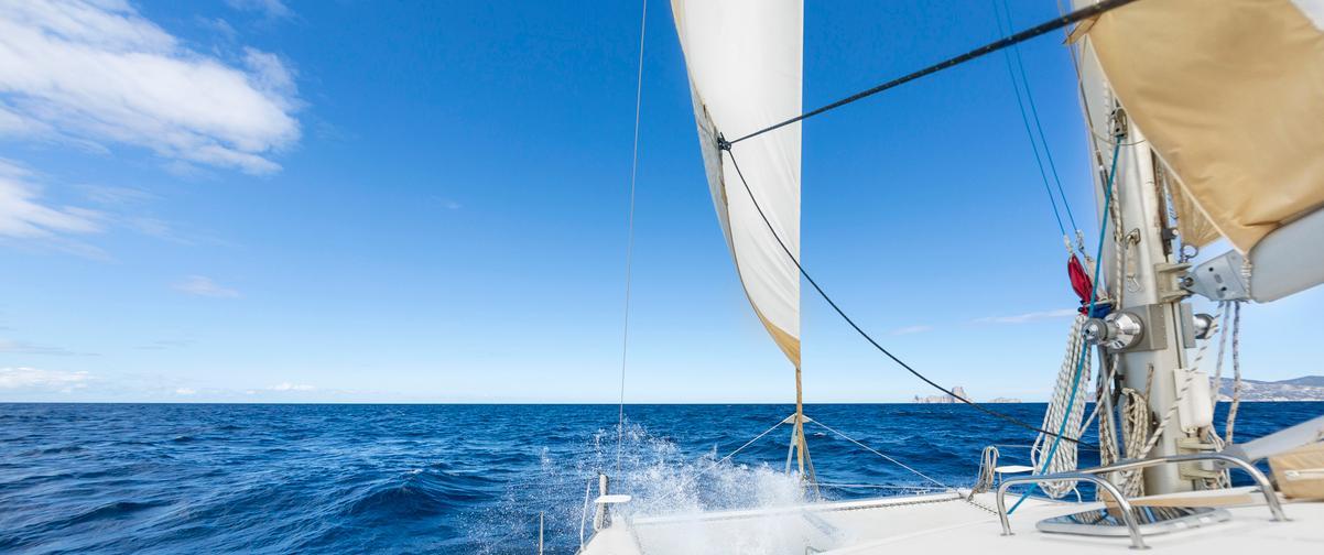 Guía Ibiza, Navegación a vela