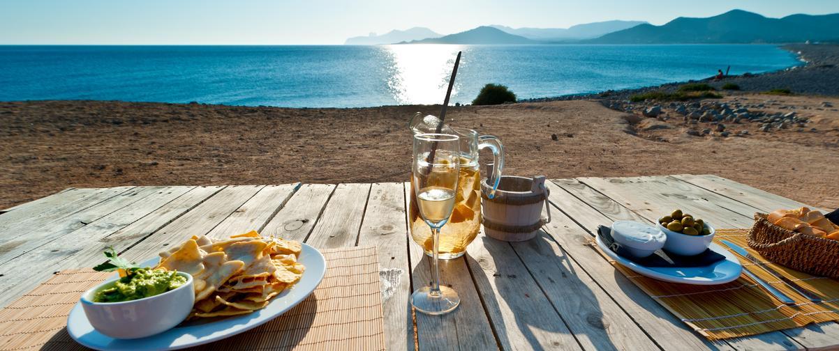 Guía Ibiza, Chiringuito en la playa
