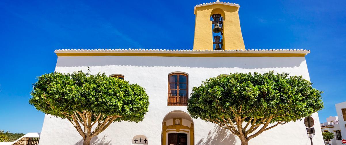 Guía Ibiza, Iglesia de Sant Gertrudis