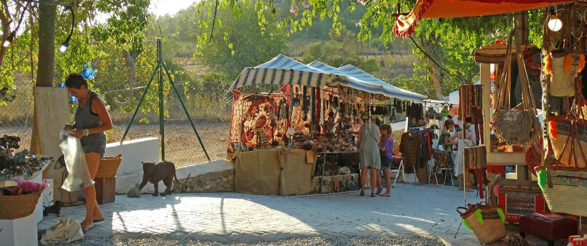 Guía Ibiza, Mercadillo Dalias