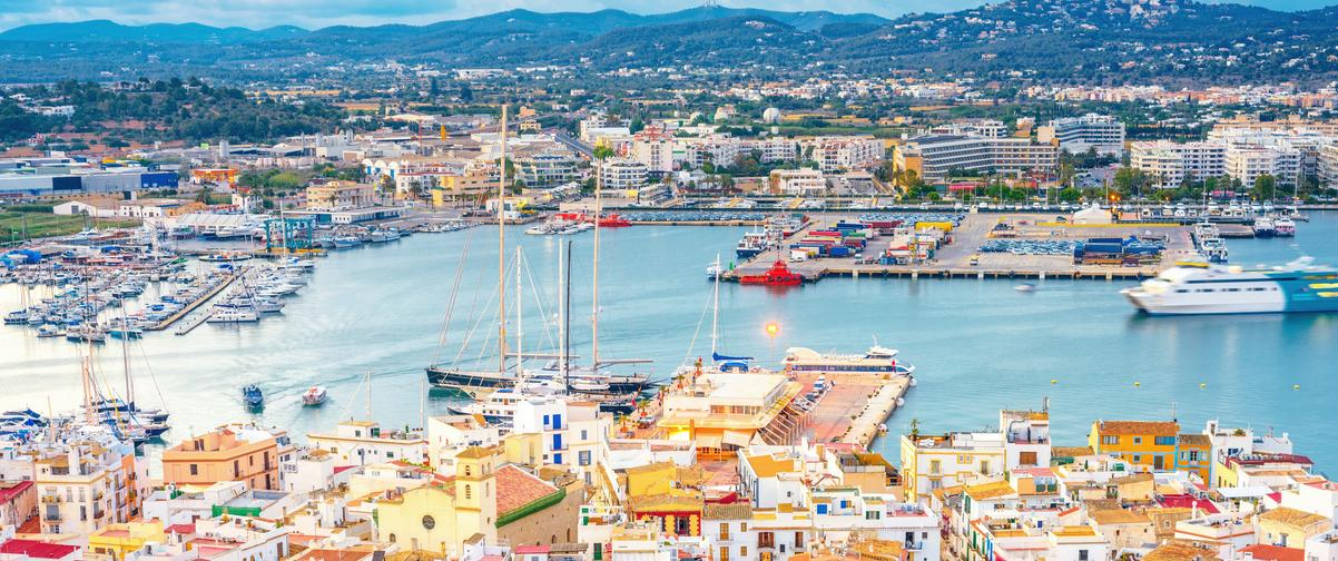 Guía Ibiza, Puerto
