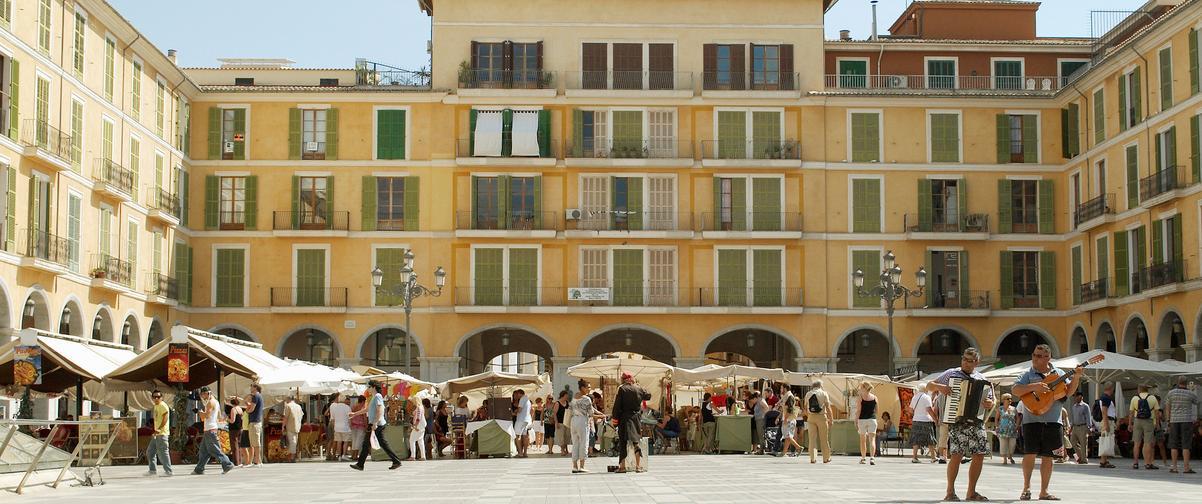 Guía Mallorca, Plaza Mallorca
