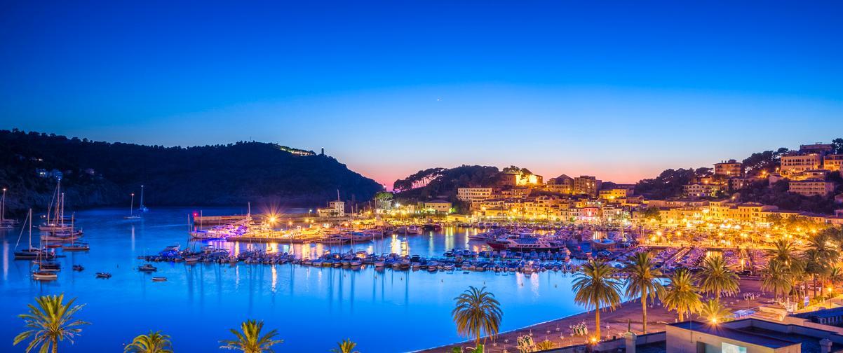 Guía Mallorca, Vista nocturna de Mallorca