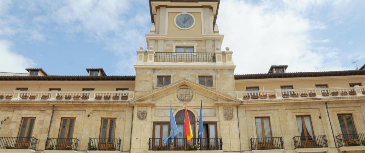 Guía Oviedo, Ayuntamiento