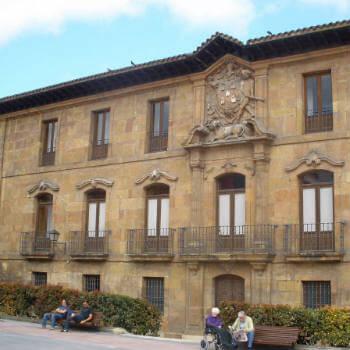 Guía Oviedo, Palacio Marqueses de Camposagrado