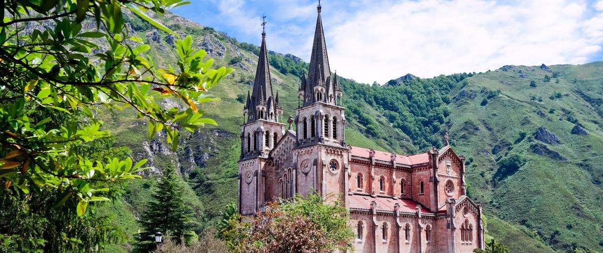 Guía Oviedo, Santuario de Covadonga
