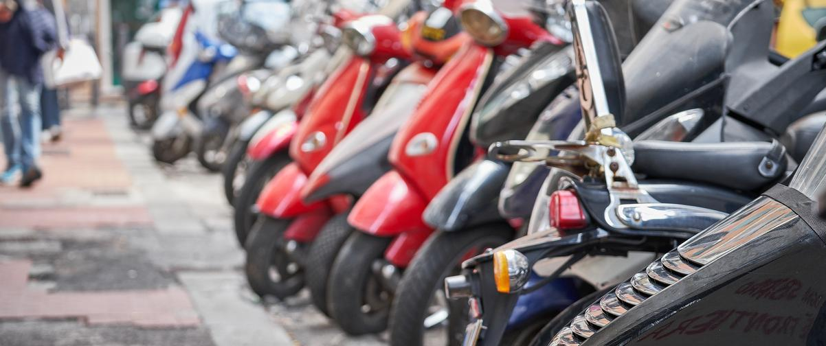 Guía La Rioja, Motocicletas aparcadas