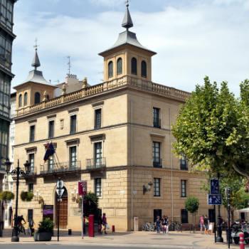 Guía La Rioja, Palacio de los Chapiteles