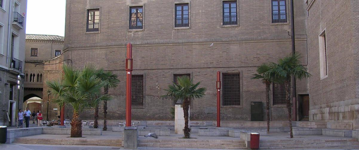 Guía Zaragoza, Mercado Plaza San Bruno