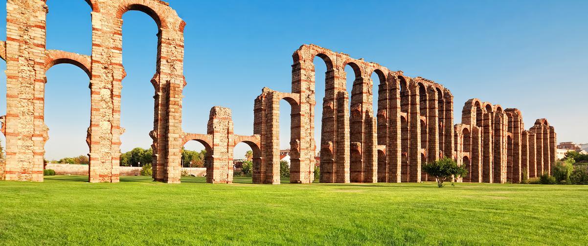 Guía Badajoz, Acueducto de los milagros