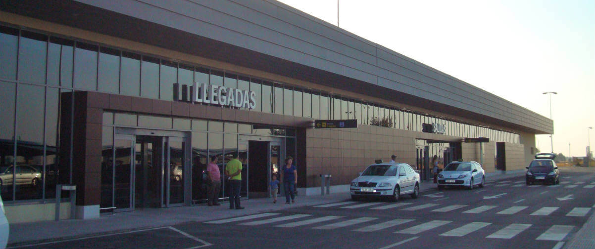 Guía Badajoz, Aeropuerto