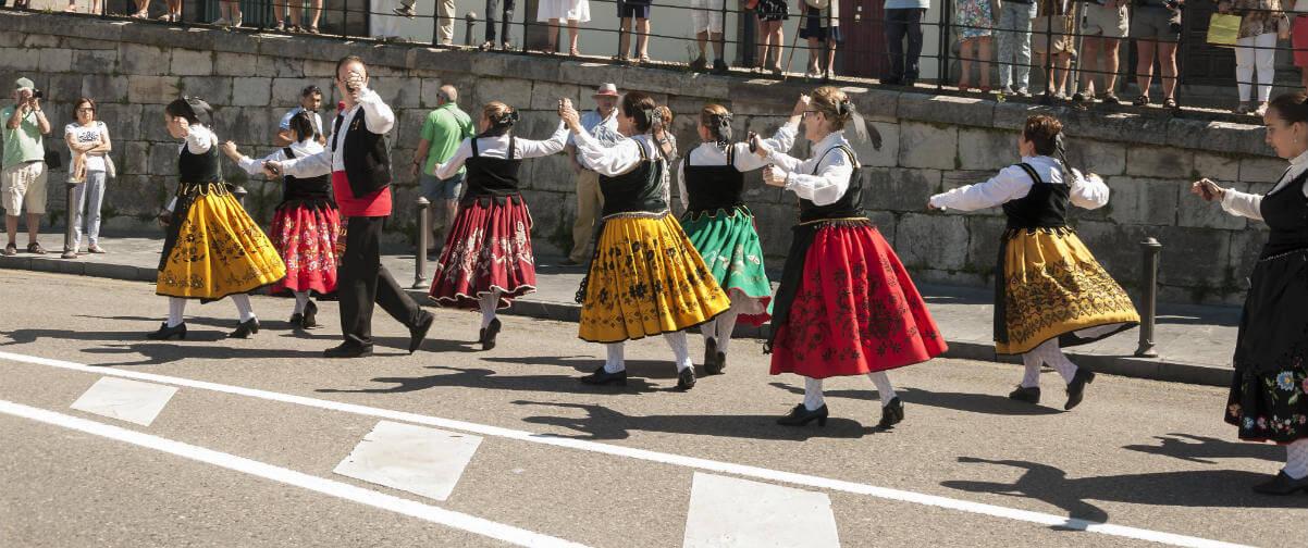 Guía Gijón, Folclore