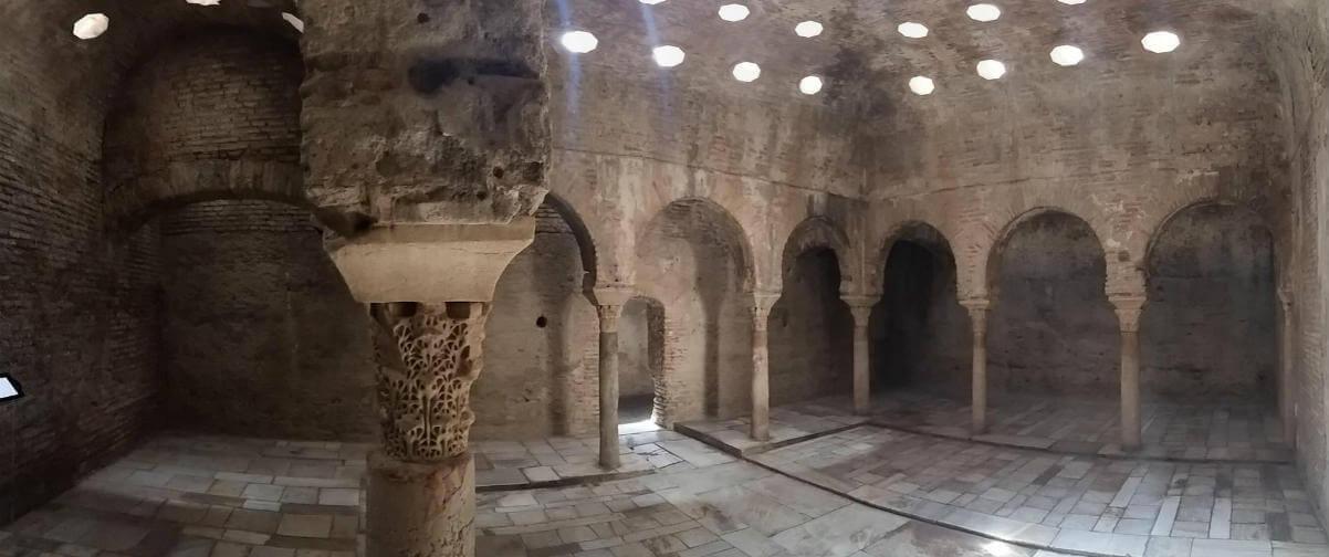 Guía Granada, Baños árabes