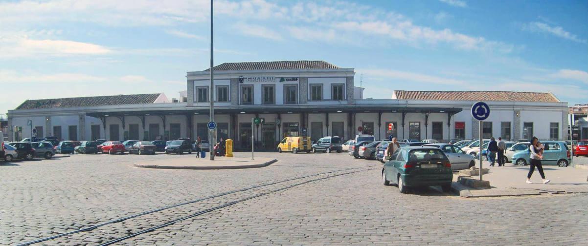Guía Granada, Estación de tren