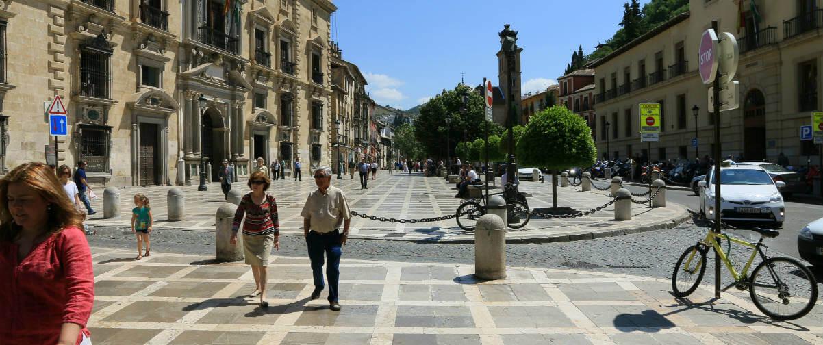 Guía Granada, Plaza Nueva