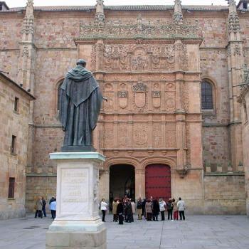 Guía Salamanca, Estatua Fray Luis de León